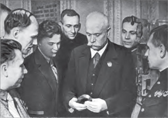 Е.О. Патон на конференции по автоматической сварке. Киев, 1940 г.